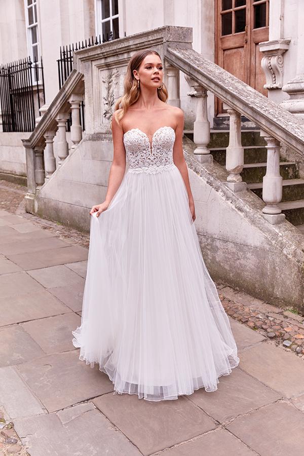 impressive-aetherial-bridal-creation-justin-alexander-modern-bride_02