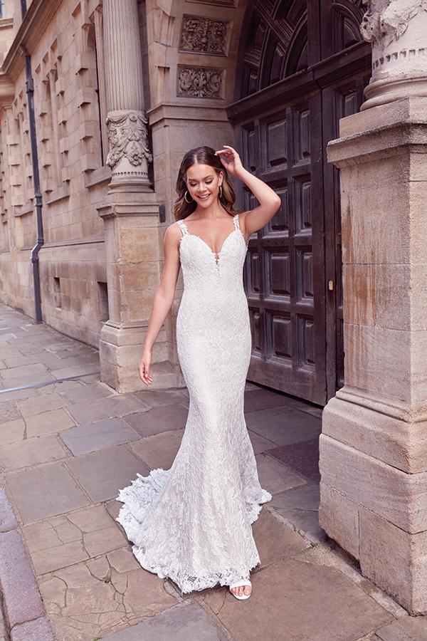 impressive-aetherial-bridal-creation-justin-alexander-modern-bride_02x