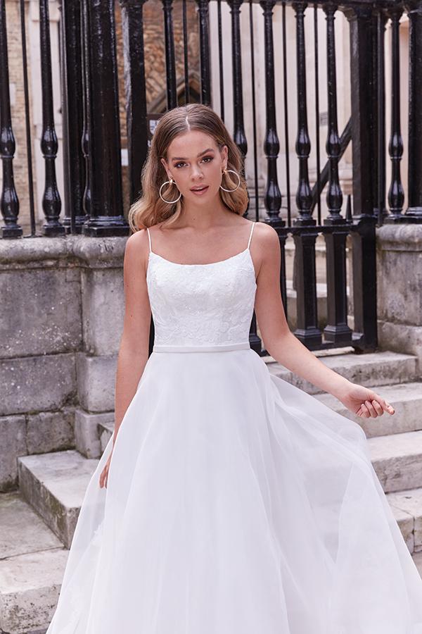 impressive-aetherial-bridal-creation-justin-alexander-modern-bride_06