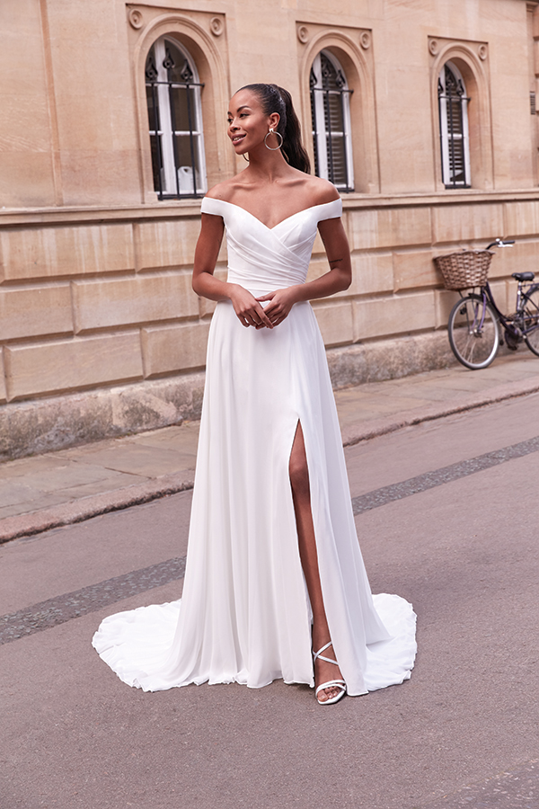 impressive-aetherial-bridal-creation-justin-alexander-modern-bride_07
