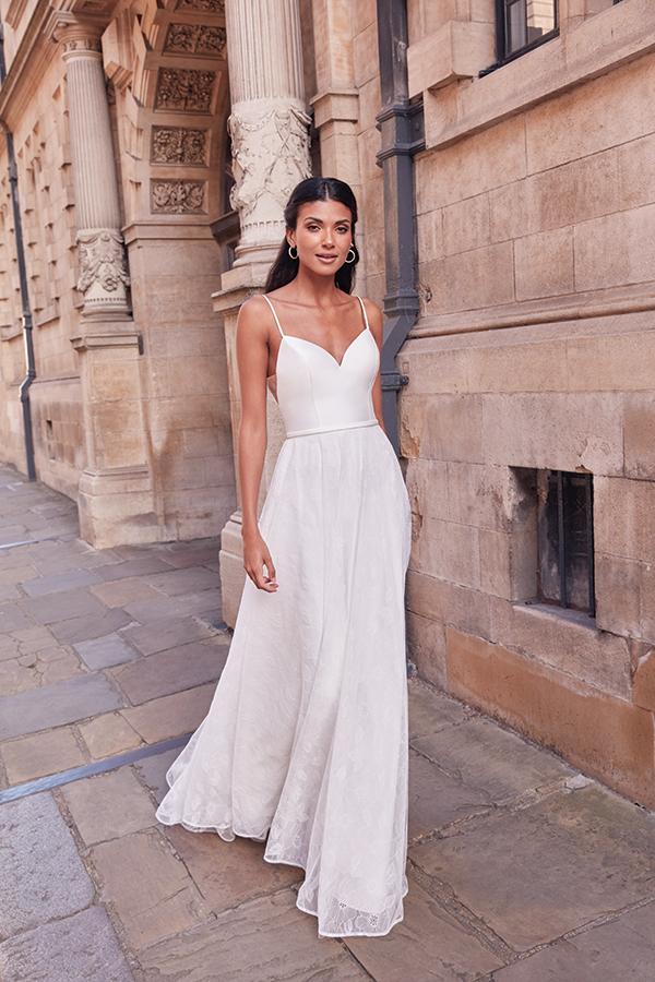 impressive-aetherial-bridal-creation-justin-alexander-modern-bride_16