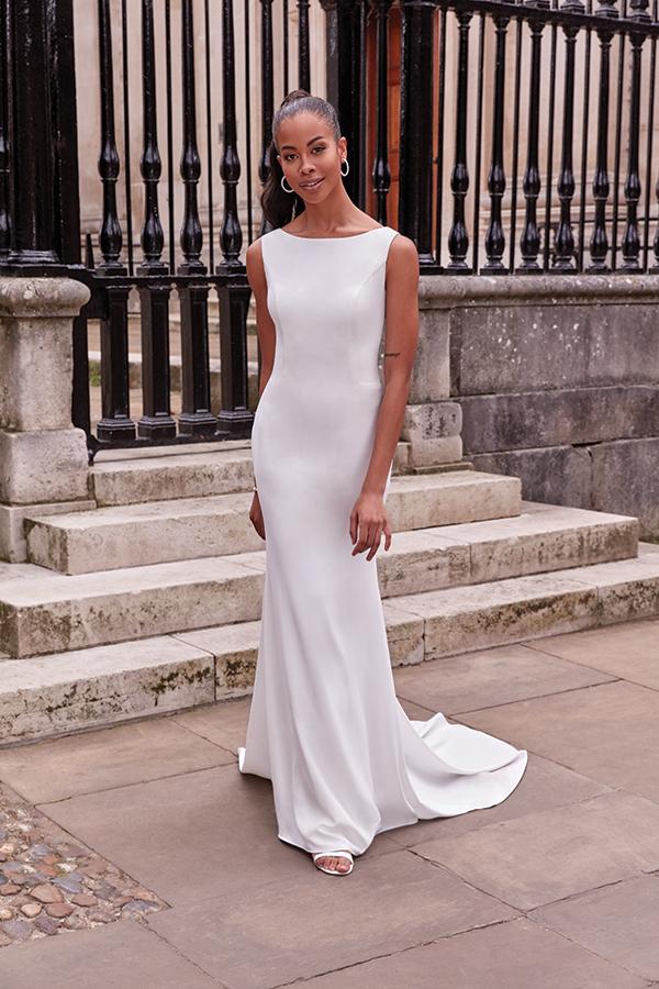 impressive-aetherial-bridal-creation-justin-alexander-modern-bride_24