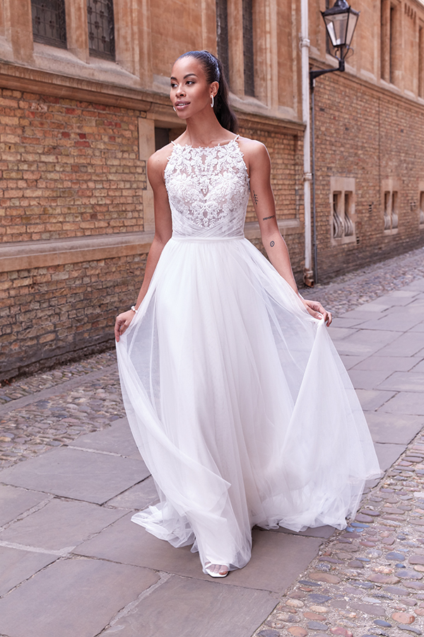 impressive-aetherial-bridal-creation-justin-alexander-modern-bride_30