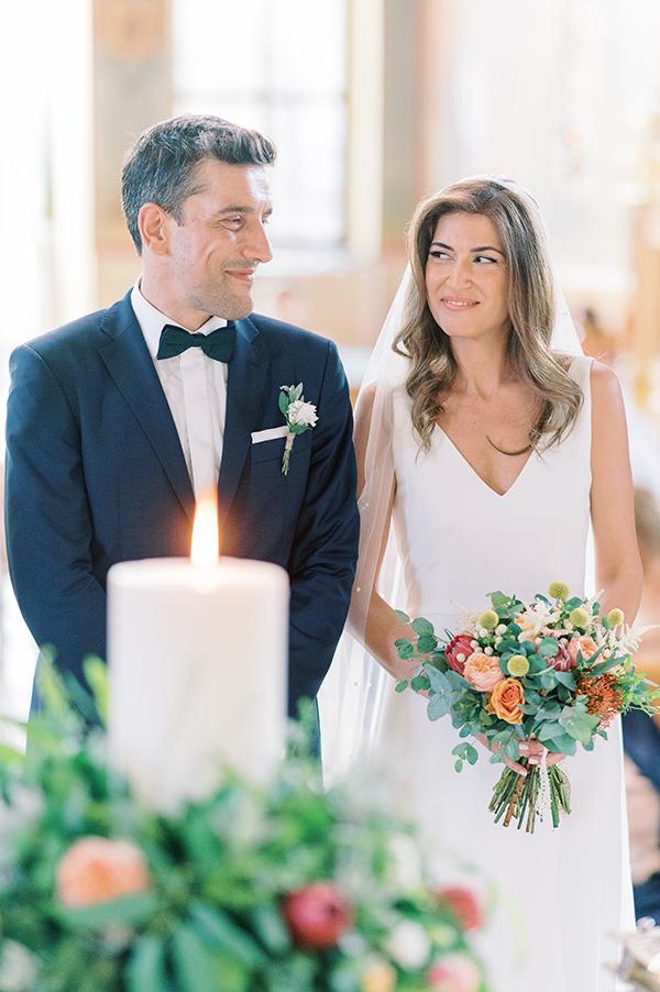 impressive-summer-wedding-vouliagmeni-lush-greenery-romantic-elements_22