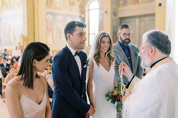 impressive-summer-wedding-vouliagmeni-lush-greenery-romantic-elements_24