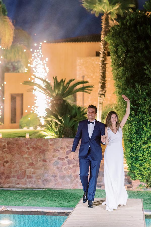 impressive-summer-wedding-vouliagmeni-lush-greenery-romantic-elements_36