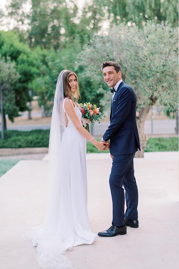impressive-summer-wedding-vouliagmeni-lush-greenery-romantic-elements_44