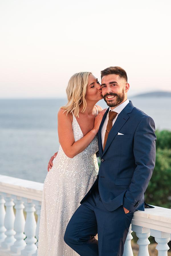 island-wedding-summer-skyros-white-lycianthus-olive_02