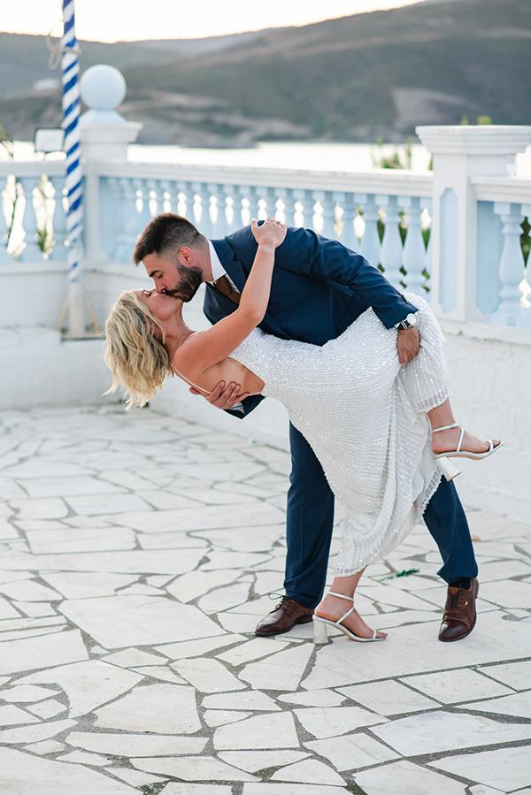 island-wedding-summer-skyros-white-lycianthus-olive_03