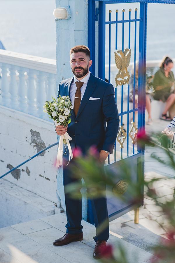 island-wedding-summer-skyros-white-lycianthus-olive_11