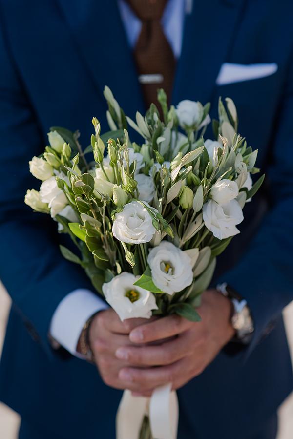 island-wedding-summer-skyros-white-lycianthus-olive_12