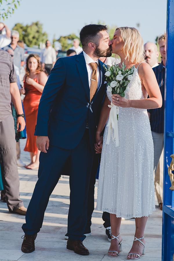 island-wedding-summer-skyros-white-lycianthus-olive_14