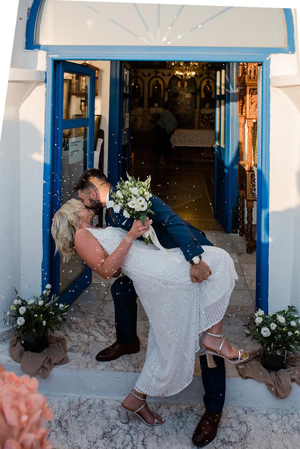 island-wedding-summer-skyros-white-lycianthus-olive_19
