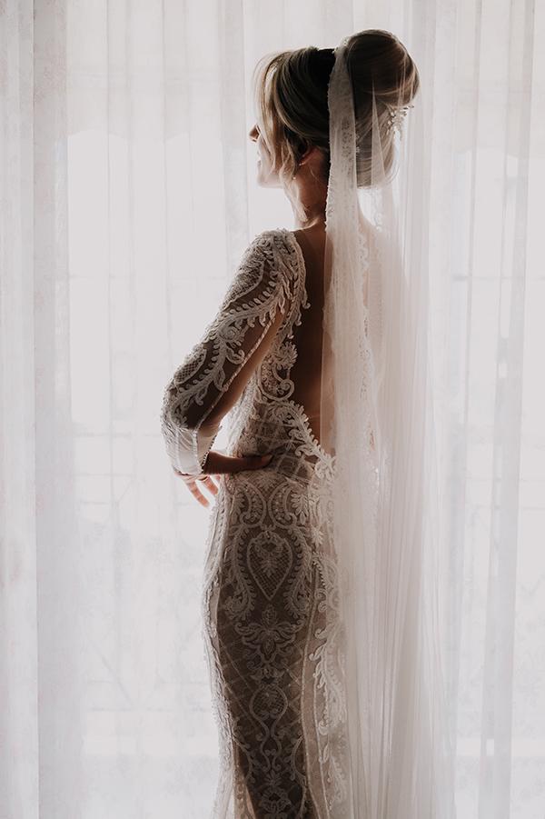 romantic-summer-wedding-venue-elena-olive-bohemian-touches_07x