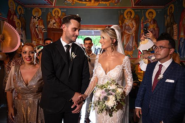 romantic-summer-wedding-venue-elena-olive-bohemian-touches_10