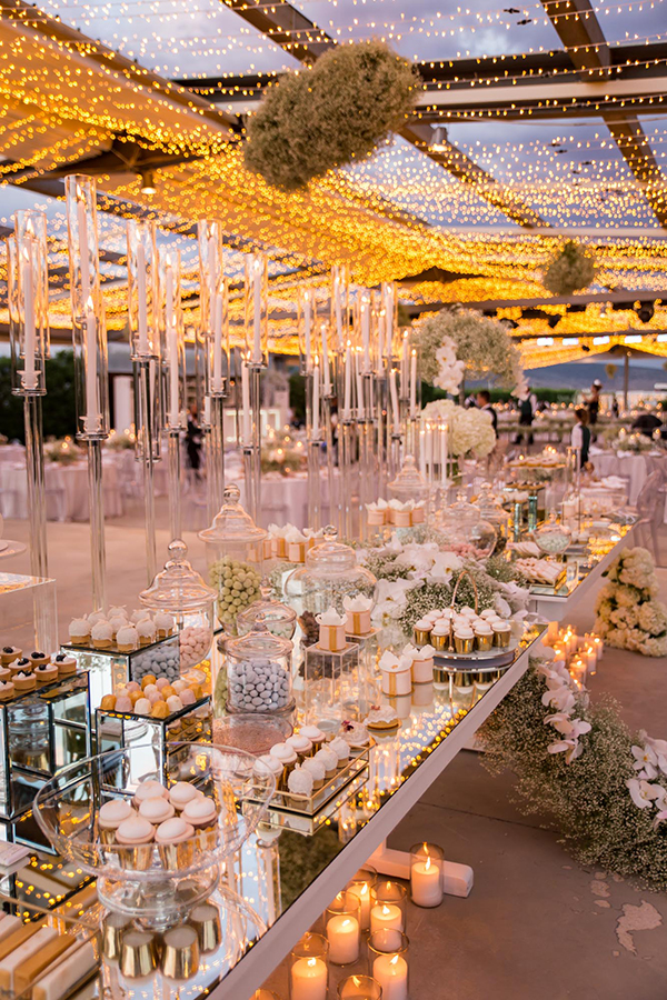 impress-guests-fantastic-decoration-blooms--orchids-baby-breath_10
