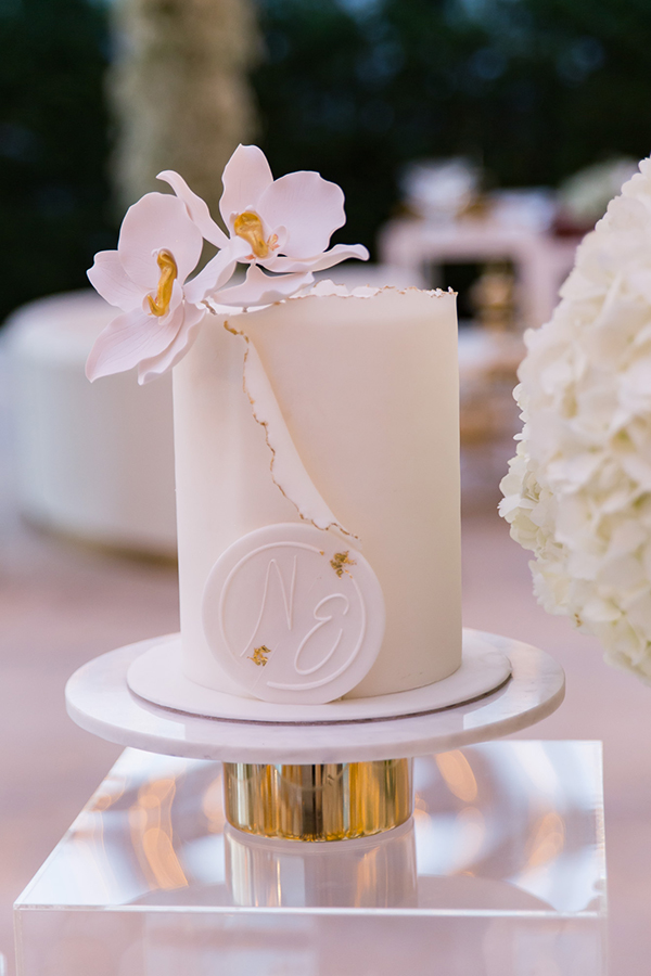 impress-guests-fantastic-decoration-blooms--orchids-baby-breath_12