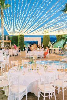 Φωτισμός δεξίωσης με fairy lights για μια ανεπανάληπτη βραδιά