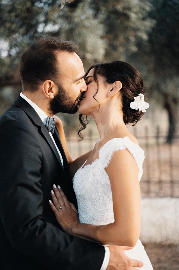 romantic-summer-wedding-paiania-white-calla-lily_03
