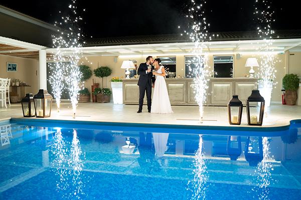 romantic-summer-wedding-paiania-white-calla-lily_29